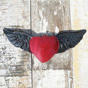 caoba-tin-heart-wings