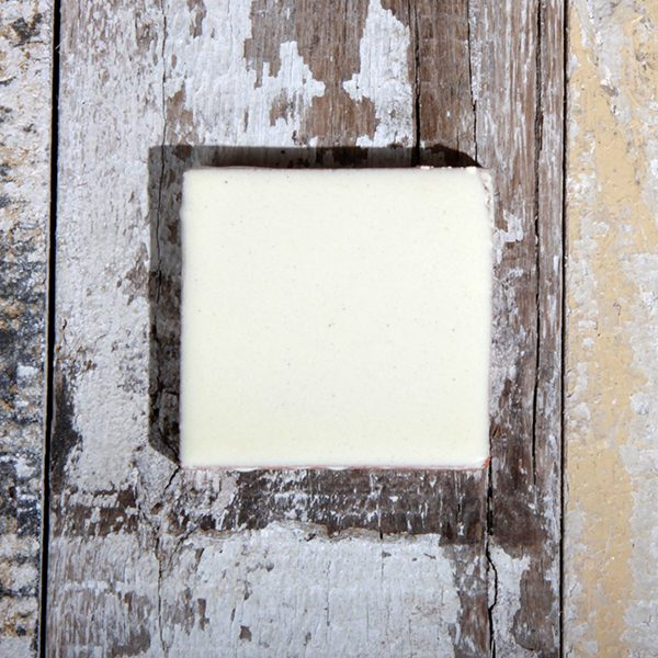 caoba tile small blanco