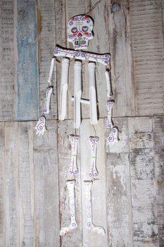 skeleton chimes white