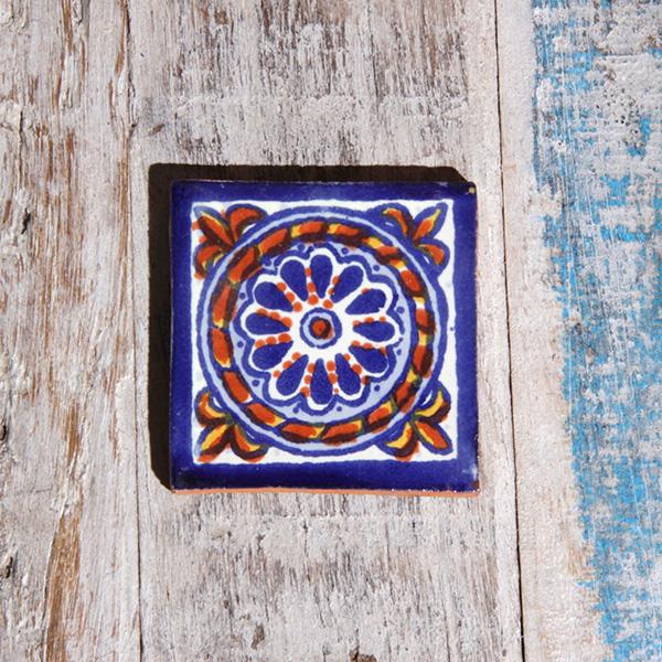 small tile cuerda azul