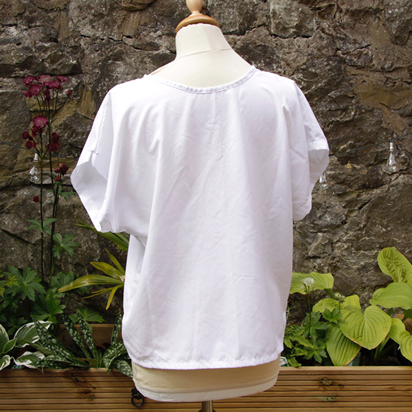 caoba top white back